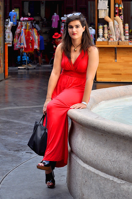 valencia something fashion blogger spain influencer streetstyle red modcloth maxi dress