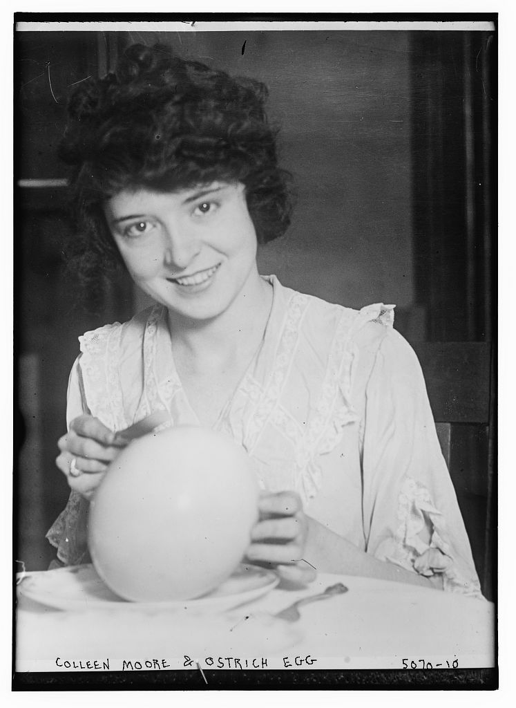 Colleen Moore & Ostrich Egg (LOC)