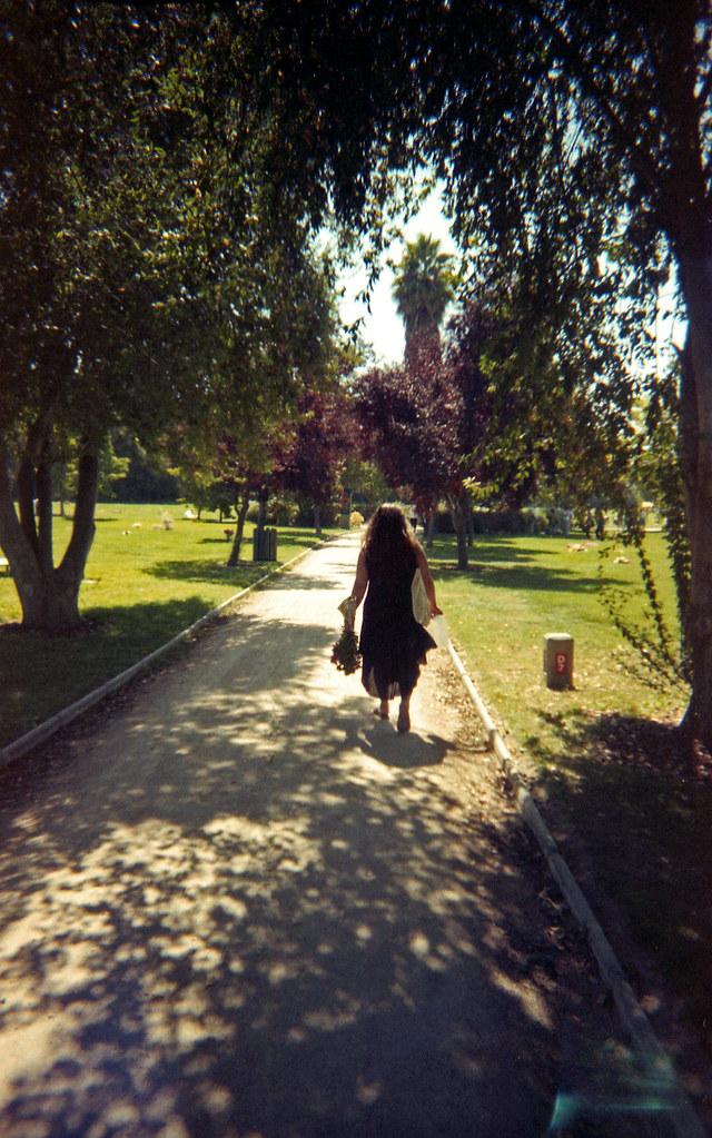 Por el sendero [neg-color]