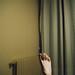 tumbado en una habitación de hotel by montechröme