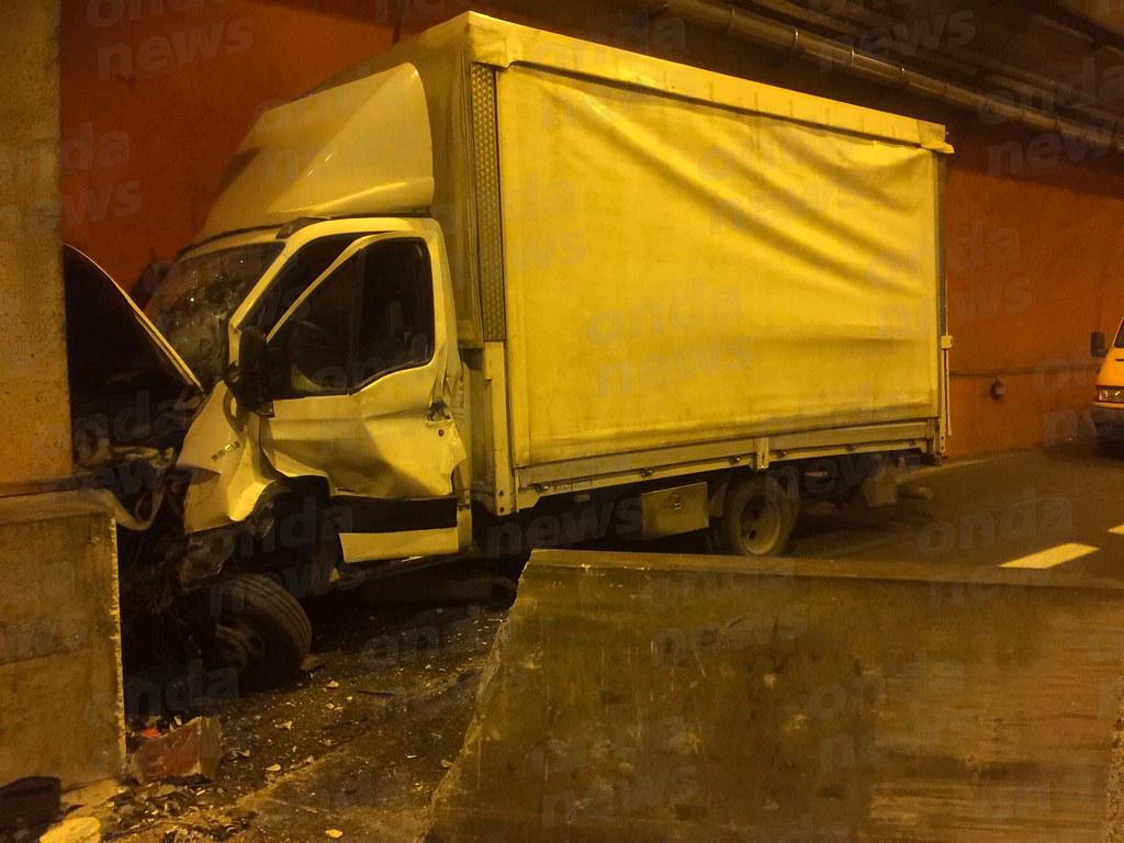 Incidente in autostrada: chiude un tratto della Salerno Reggio