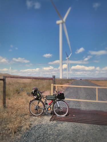windturbine gorgedalleseasttourjune17 gilliamcountyoregon