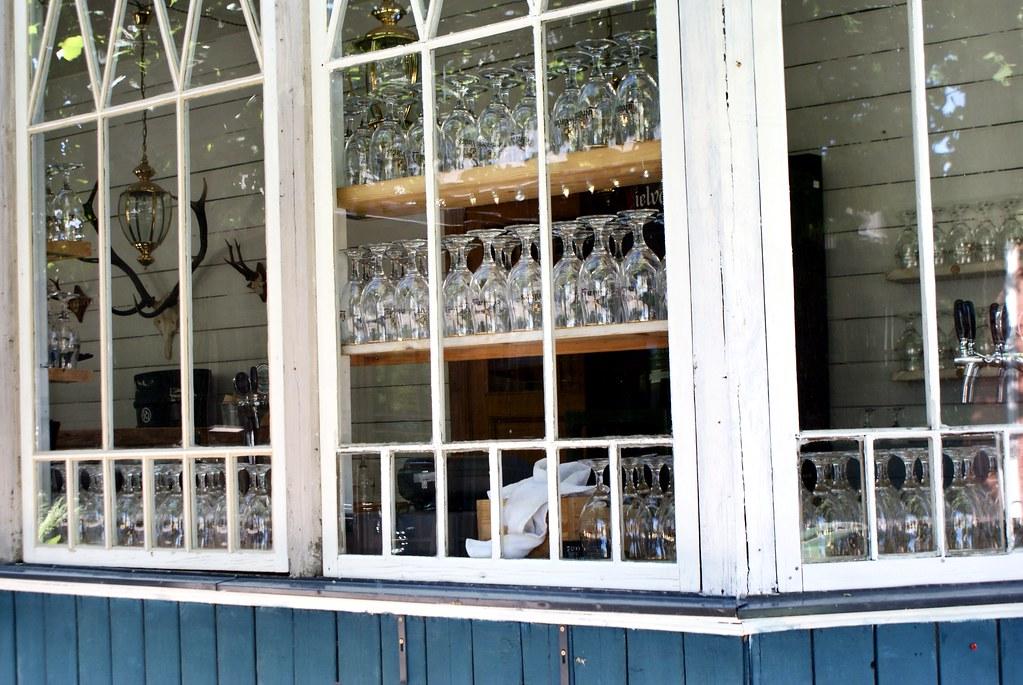Bar de Pardaugava à Riga du côté du marché de Kalnciems.