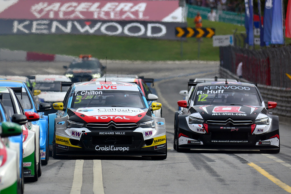03 CHILTON Tom (GBR) Citroen C-Elysee team Sébastien Loeb Racing action 12 HUFF Rob (gbr) Citroen C-Elysee team ALL-INKL.COM Munnich Motorsport action during the 2017 FIA WTCC World Touring Car Championship race of Portugal, Vila Real from june 23 to 25 - Photo Paulo Maria / DPPI