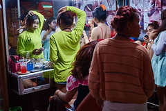 Street hairdressing, Phnom-Penh, Cambodia