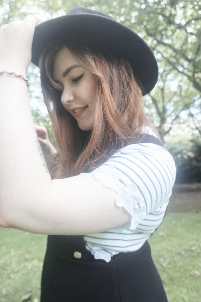 Fedora Stripe t-shirt 1