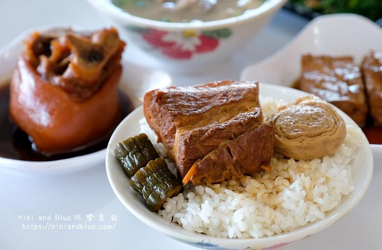 草屯菜挫豬雜湯.草屯早餐06