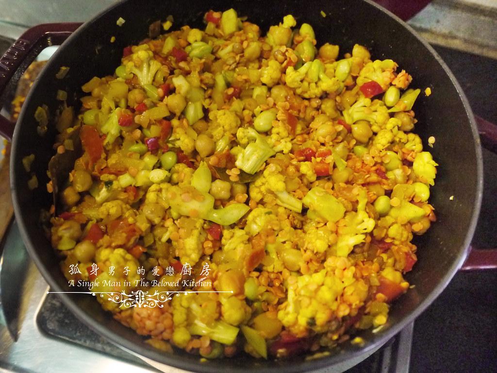 孤身廚房-Staub媽咪鍋煮超滿的印度蔬食花椰菜咖哩26