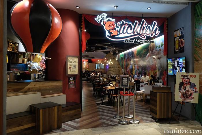 Ticklish Ribs (1)