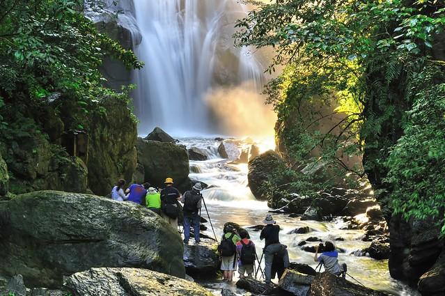 內洞瀑布 Nei-Dong Waterfall