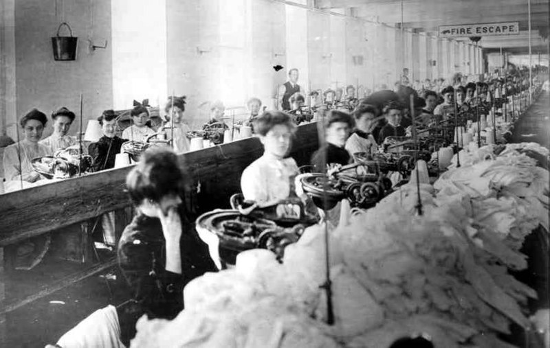 Garment workers, 1909