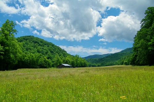 cataloochee valley great smoky mountains north carolina hiram caldwell cemetery barn