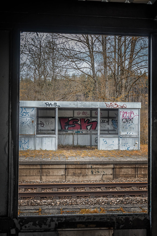 abandoned waiting zone