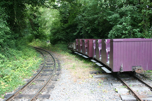 Penrhyn Quarry coaches at Amberley station