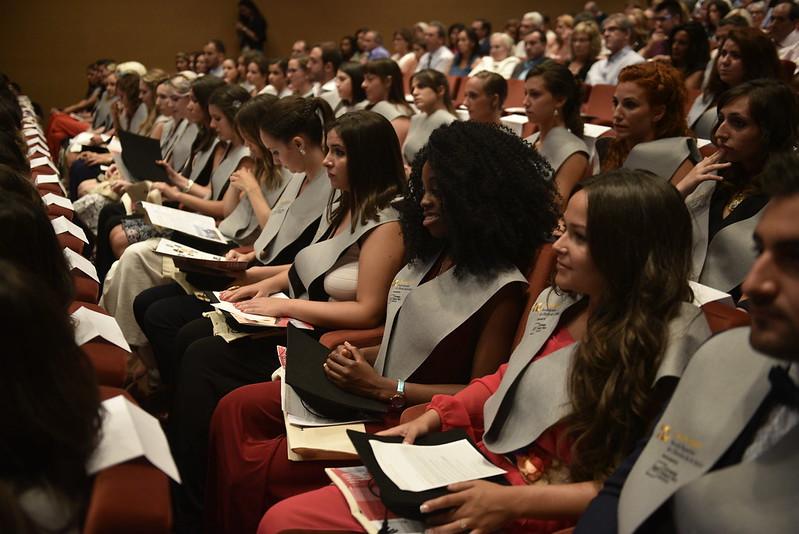 Actes de graduació de l'Escola Superior de Ciències de la Salut