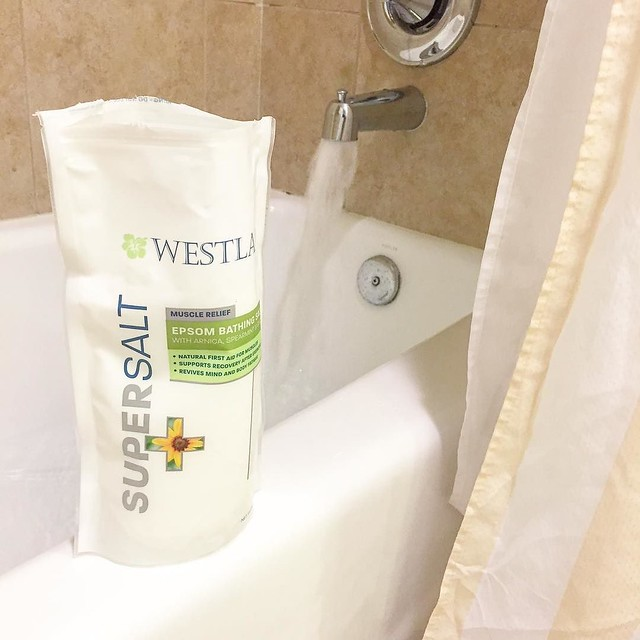 What? Doesn't everyone pack their own bath salts when they go on a trip? Thanks for the super salts, @westlabusa! . . #brandambassador #ad