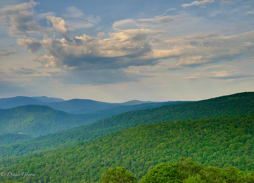 shenandoah virginia clouds landscape landscapemountain sky skylinedrive summer sunrise running capture