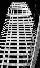 Bank of America Plaza, 101 East Kennedy Boulevard, Tampa, Florida, U.S.A. / Architects: HKS, Inc., Odell Associates / Built: 1986 / Height: 175.87 m (577.0 ft) /Floors: 42 / Architectural style: Modernism