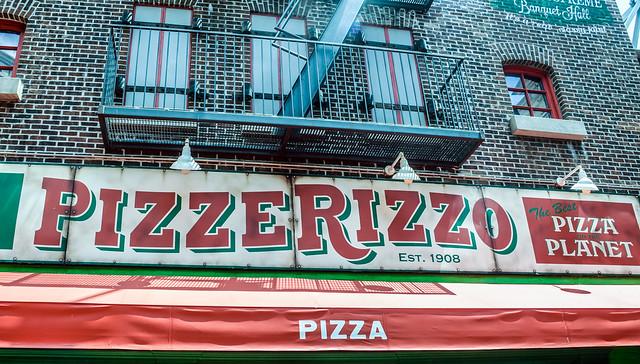 PizzeRizzo facade
