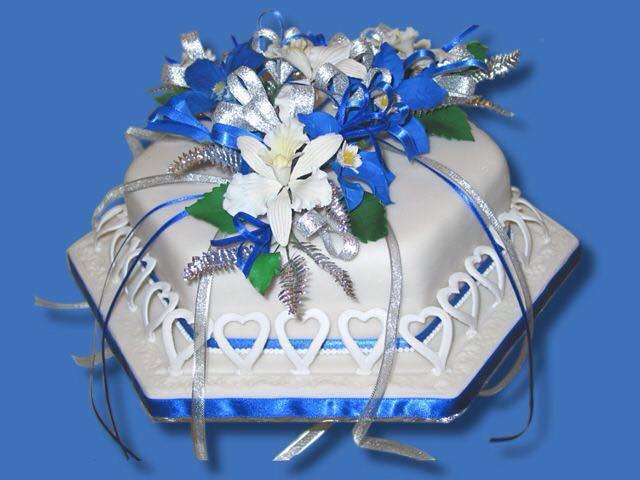 Orchids Cake by Bayer Iris of Elegantlittlethings