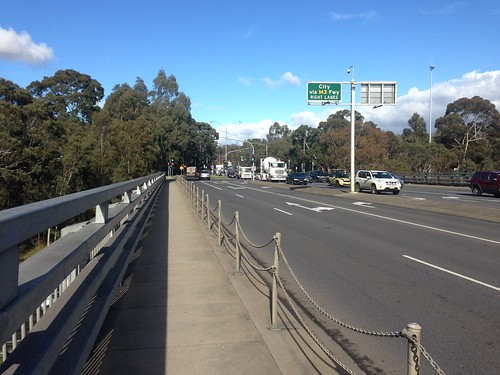 Bulleen Road and Eastern Freeway intersection