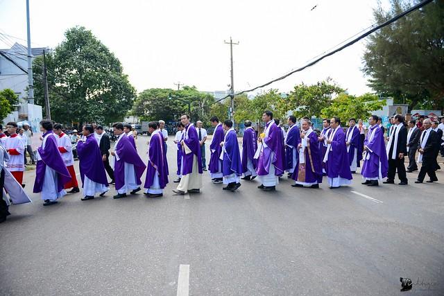 Lễ An Táng Thân Phụ Đức TGM Giuse Nguyễn Chí Linh - Ảnh minh hoạ 16