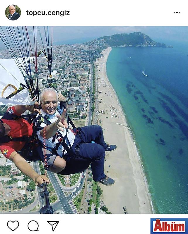 Exotic Tourism sahibi Cengiz Topçu, yamaç paraşütü ile Alanya semalarındaydı.