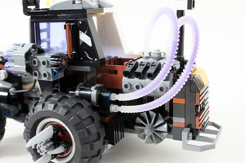 The LEGO Batman Movie Two-Face Double Demolition (70915)