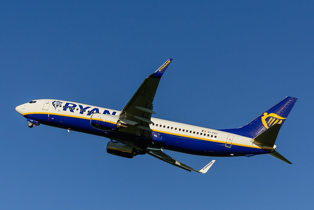 EI-FZT | RyanAir | Boeing 737-800 (winglets)