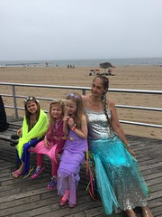 Millie Harper and pupils at 2017 Mermaid Parade