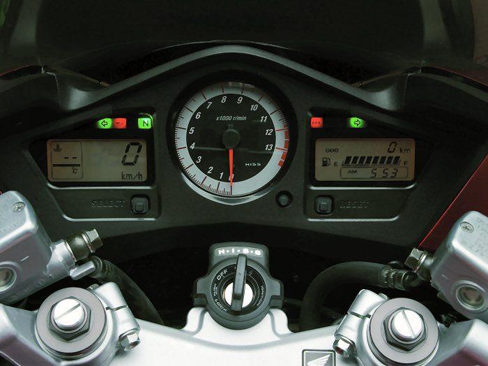 Honda VFR 800 V-TEC  RC 46 II 2003 - 0