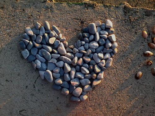 heart sunset stones beach inexgorica ohrid