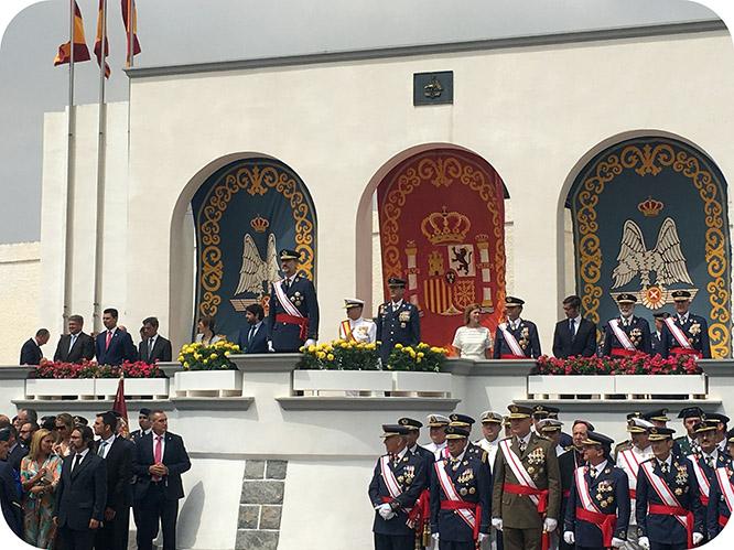 El Rey preside la entrega de despachos a los nuevos Tenientes  de la AGA