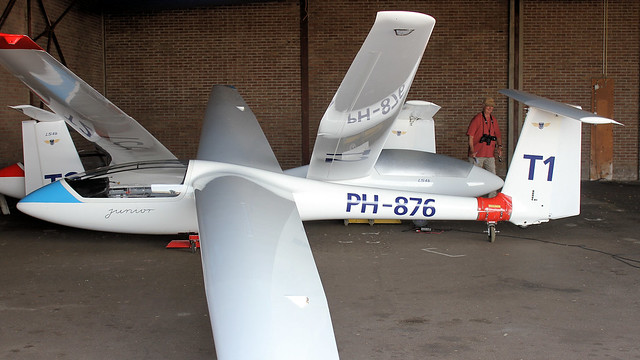 PH-876