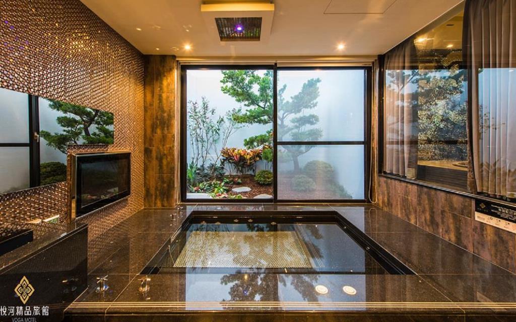 悅河精品旅館