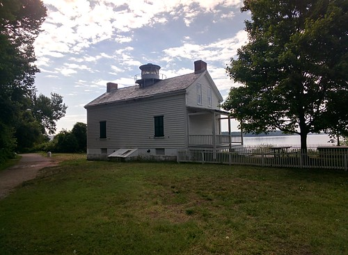 Jones Point Lighthouse #throughglass