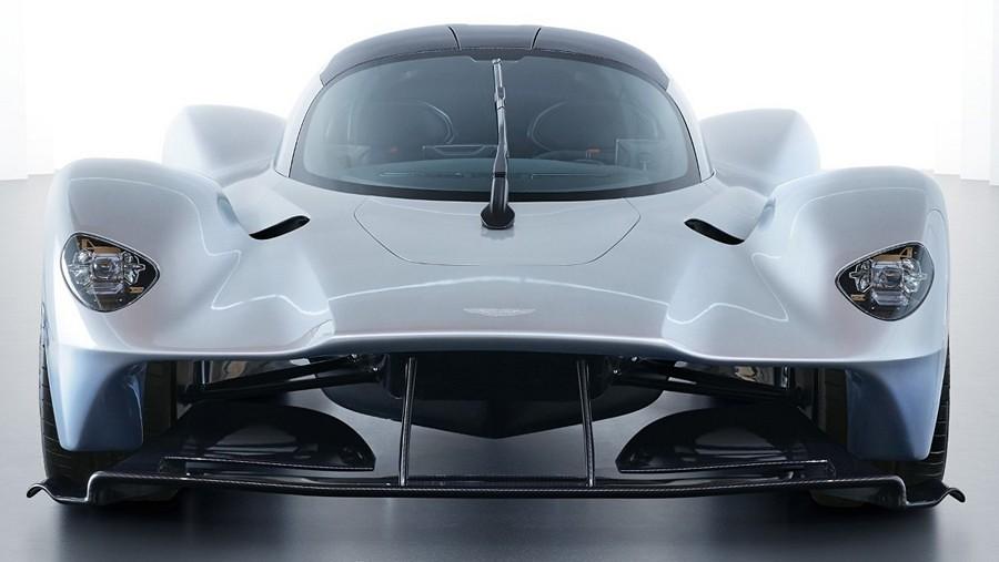 Aston Martin Valkyrie 17954