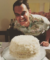The cake chef! @reyfunes7 @parisfield Happy Birthday!