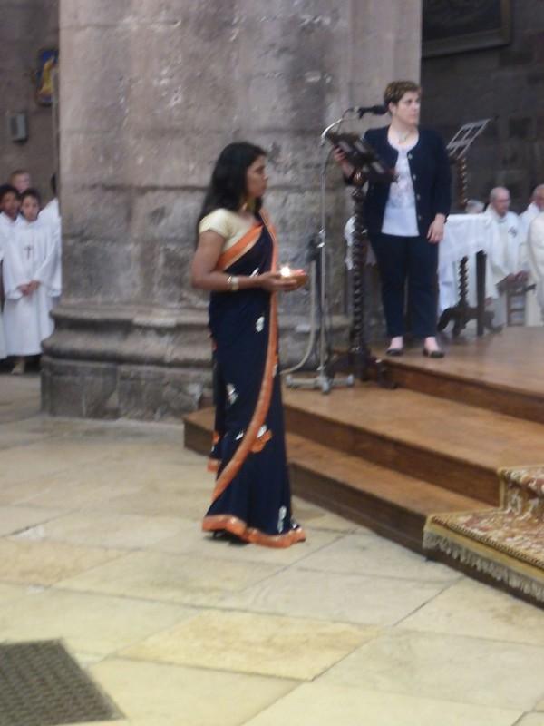 2017 06 25 Ordination presbyérale Manoj Visuvasam, cathédrale de Rodez (237)