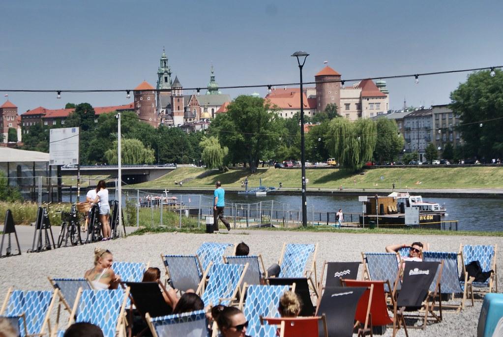 Bar de plage au Forum przestrzenie à Cracovie.