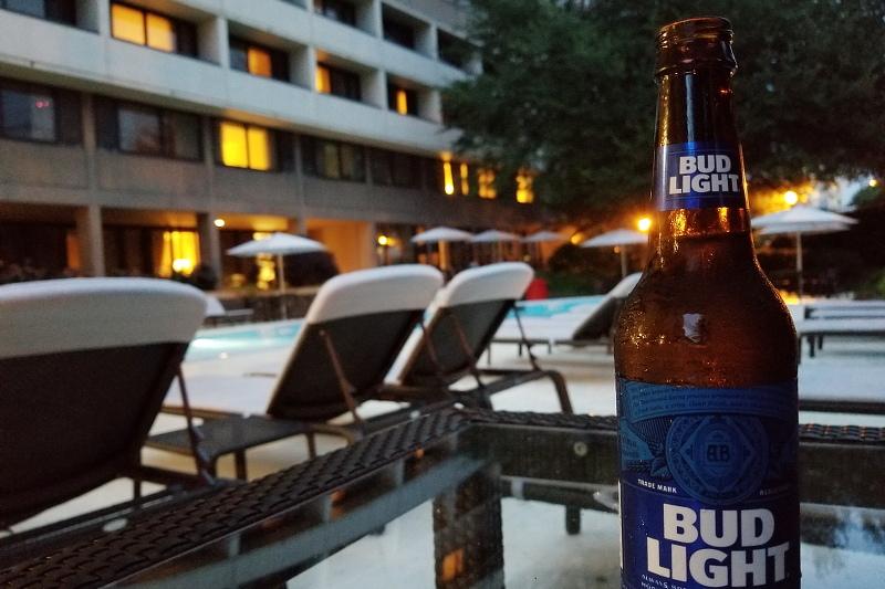 pool-bud-light-beer-4