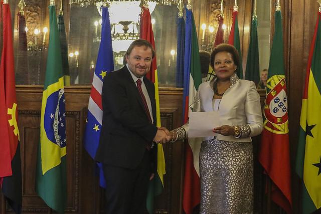 Secretária Executiva recebe cartas credenciais do Embaixador da República Checa em Portugal