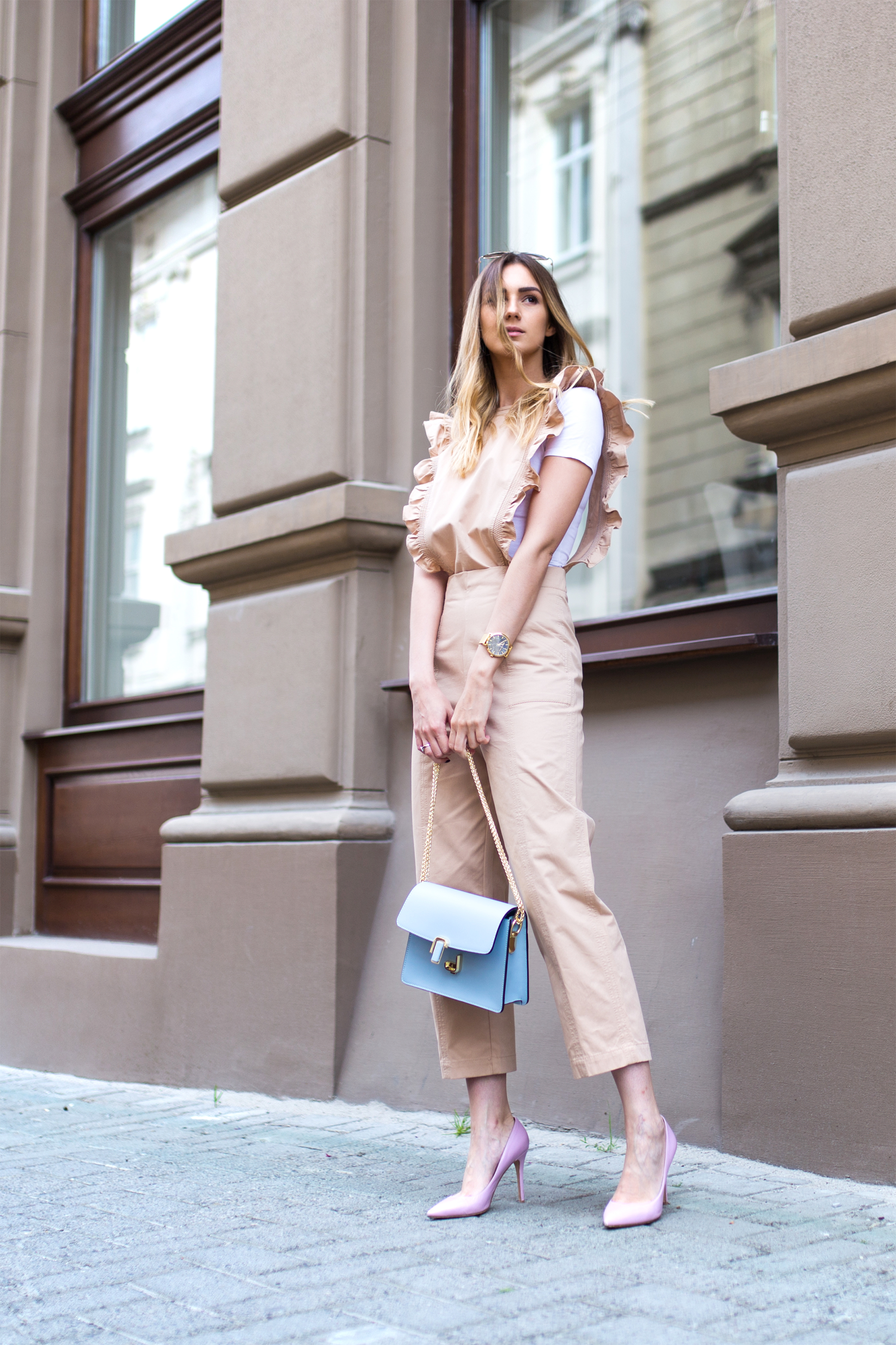 how-to-wear-nude-jumpsuit-outfit-ideas