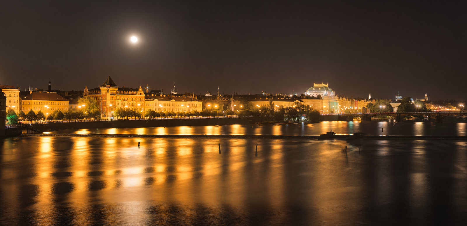 月光下的布拉格 645z + 28-45/f4.5