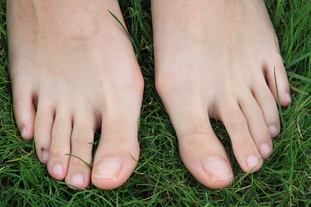 asia feet
