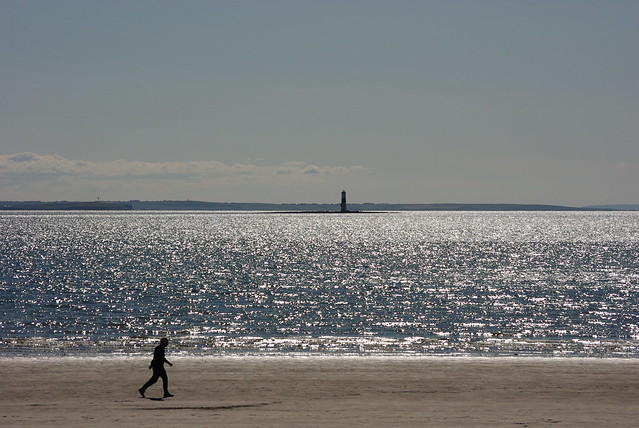 Beach Walker, Pentax K-M, smc PENTAX-DA L 50-200mm F4-5.6 ED