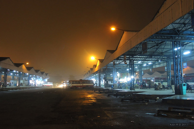 Anand Vihar bus station, 6 AM