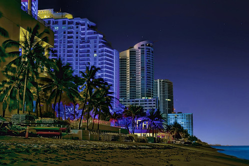 hollywood hollywoodbeach city cityscape urban downtown skyline browardcounty southflorida density centralbusinessdistrict skyscraper building architecture commercialproperty cosmopolitan metro metropolitan metropolis sunshinestate realestate condominium palmtrees highrise urbanpalms beach