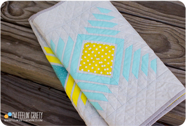 RunnerQuilt-Folded-ImFeelinCrafty