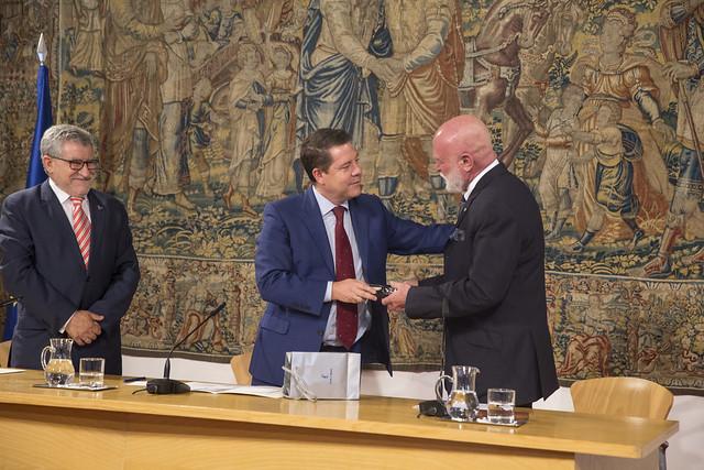 Acuerdo para la cesión de obras de arte de la colección privada de Roberto Polo